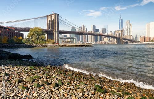 Obraz na płótnie Brooklyn Bridge and Manhattan skyline as seen from Brooklyn Bridge Park, New York City - NY - USA