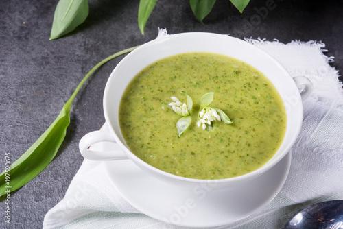 Fototapeta green wild garlic soup