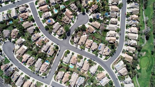 Neighborhood tract housing