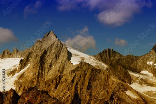 Fotobehang Nachtblauw Alpen Gipfel