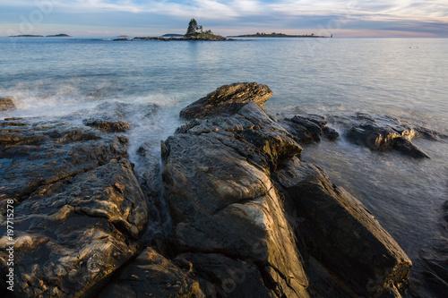 Foto op Aluminium Grijze traf. Atlantic Ocean Waves And Rocks
