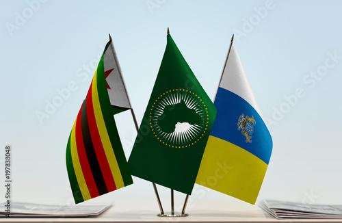 Deurstickers Canarische Eilanden Flags of Zimbabwe African Union and Canary Islands