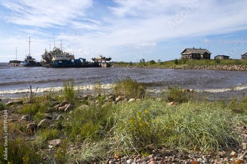 Foto op Plexiglas Schip old ships in the north sea, the fishing village