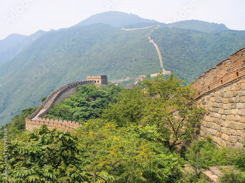Fotobehang Peking Magnificent Great wall in a green environment, Beijing, China