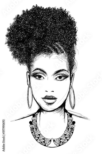 In de dag Art Studio Portrait of african woman with necklace
