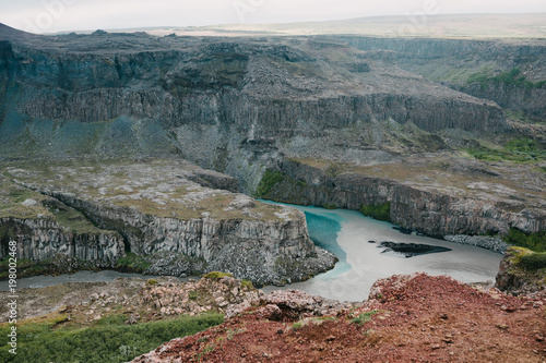 spectacular natural view of rocky mountains and river in iceland - 198002468