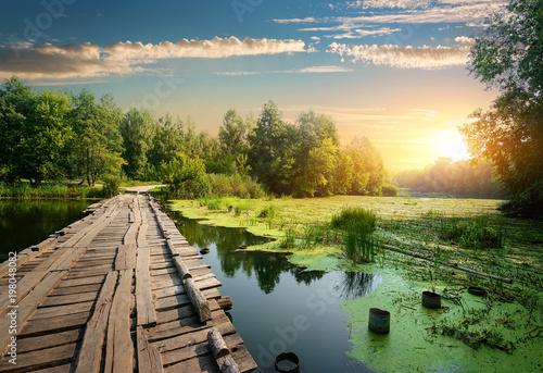 most-nad-rzeka
