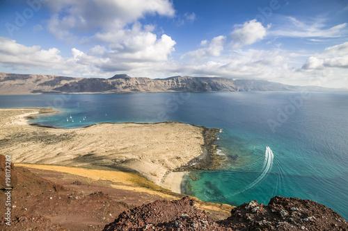 Fotobehang Canarische Eilanden Die Inseln La Graciosa und Lanzarote, Kanarische Inseln, Spanien