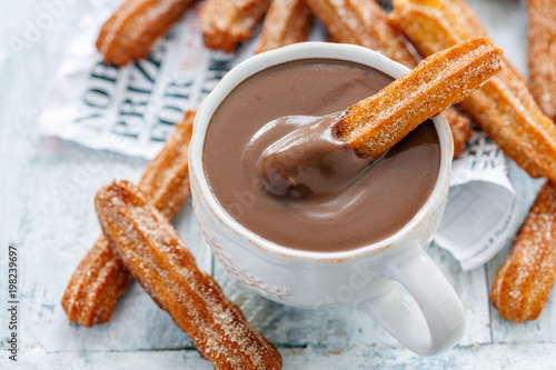 Canvas Chocolade Traditional Spanish dessert churros.