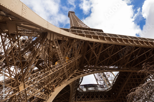 Fotobehang Eiffeltoren Eiffel Tower in Paris against the blue sky