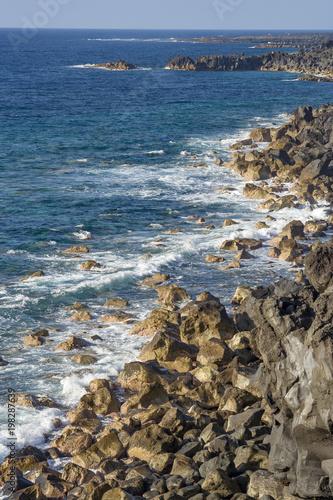 Fotobehang Canarische Eilanden rocky coast in Lanzarote