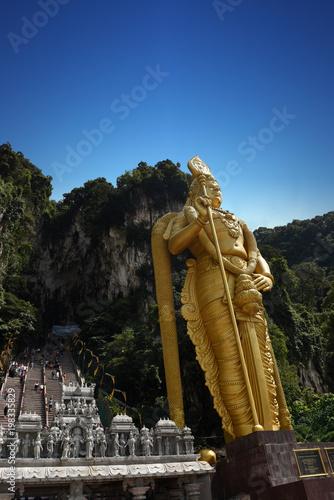 Foto op Canvas Kuala Lumpur Statue of Lord Muragan and entrance at Batu Caves in Kuala Lumpur, Malaysia