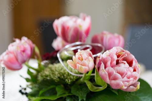 Gamesageddon Blumenstrauss Einer Hochzeit Im Standesamt Aus