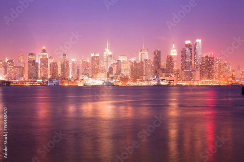 Juliste Reflection over the Hudson River and Skyline of midtown Manhattan, New York City