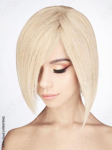 Fotobehang womenART Lovely asian woman with blonde short hair