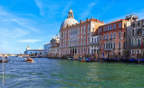Fotobehang Venetie Timeless views and panoramas that remain in memory. Venice, Italy