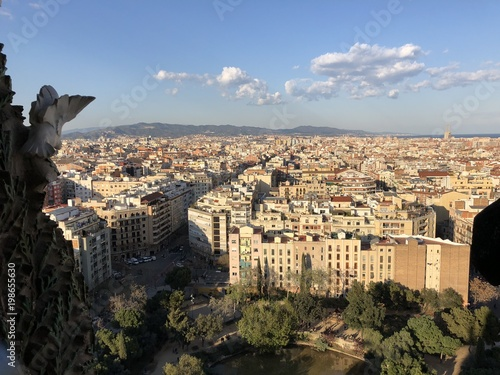 Fotobehang Barcelona View of Barcelona from Basilica de Sagrada Familia view point