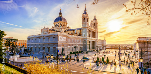 Foto Murales The Cathedral of Madrid
