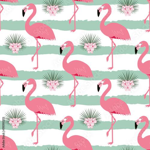 wzór w paski i flamingi