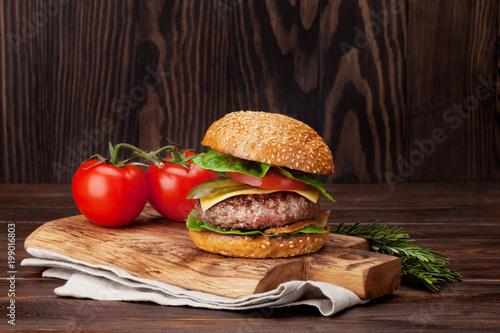 Fotobehang Hoogte schaal Tasty grilled home made burger