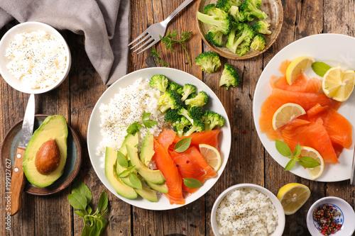 Foto Murales salmon, vegetable and rice