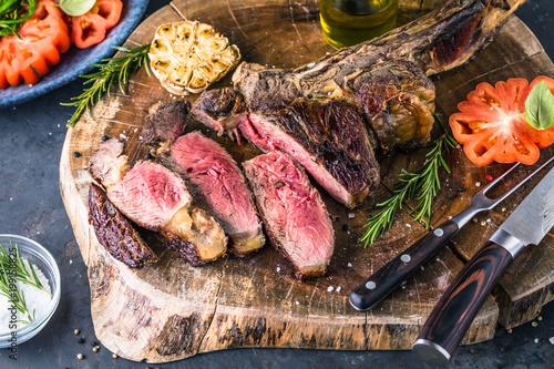Foto op Plexiglas Steakhouse Tomahawk Steak (grillzeit)