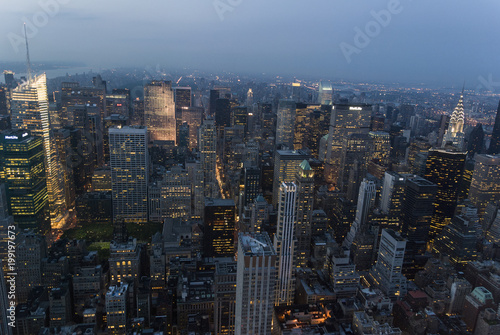 Foto op Aluminium New York City night lights/Manhattan seen from above late evening as a display of shapes and lights.