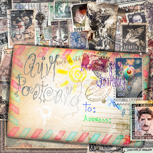 Fotobehang Imagination Sfondo vecchia maniera con cartoline e francobolli vintage