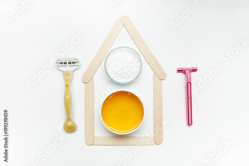 Foto op Plexiglas Spa Tools for depilation on a white background, top view