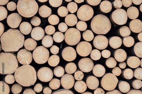 Foto op Aluminium Brandhout textuur Holzstapel querformat