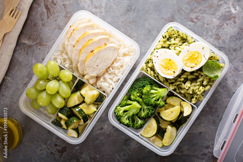 Foto Murales Healthy meal prep containers with chicken and rice