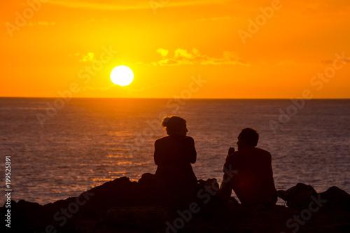 Foto op Plexiglas Oranje eclat Sun Setting on the Ocean