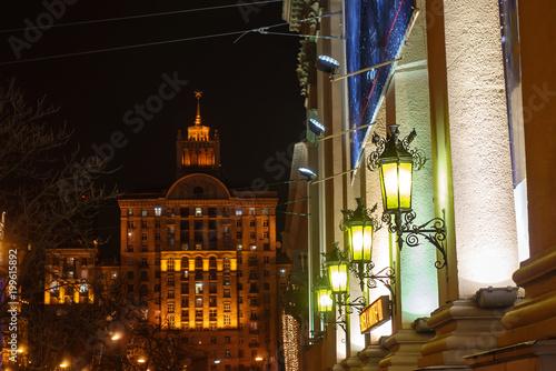 Foto op Plexiglas Kiev Old street lamps on the background of the main building on Khreshchatyk Street in Kiev, Ukraine