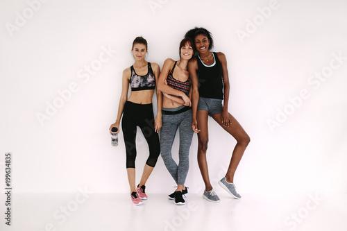 Aluminium Fitness Friends in sportswear after workout