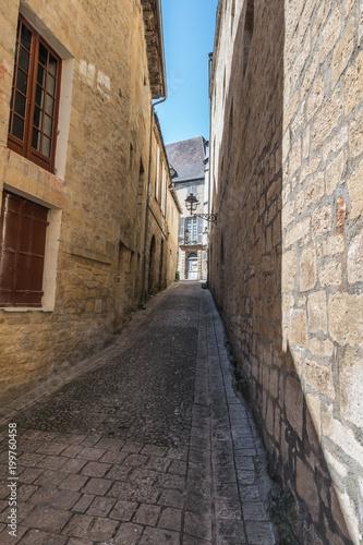 Plexiglas Smalle straatjes paseo por pueblo de piedra medieval