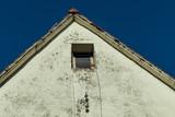 Altes marodes Dach - 199848858