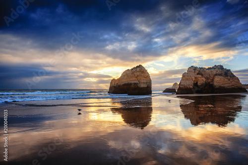 Foto Murales Atlantic coast at sunset, Algarve, Portugal. Stunning beautiful landscape