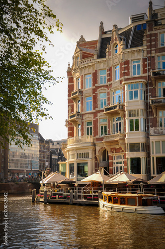 Foto op Aluminium Amsterdam Luxurious Hotel put on One of the Canals of Amsterdam