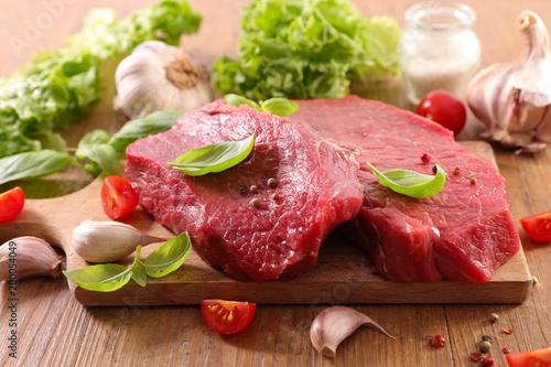 czerwone mięso na pokładzie