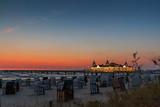 Pier, Seebrücke Ahlbeck im Sonnenaufgang, Blaue Stunde. Bootsanleger. Ostsee, Insel Usedom_004 - 200118223