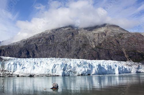 Foto op Plexiglas Natuur Traveling In Glacier Bay Park