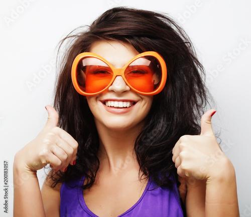 Foto op Plexiglas Kapsalon lifestyle and people concept: fashion girl with big sunglasses