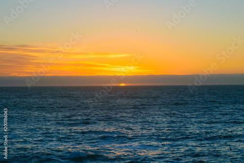 Fotobehang Zee zonsondergang atardecer en concon