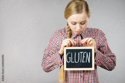 Kobiety mienia deska z gluten znakiem