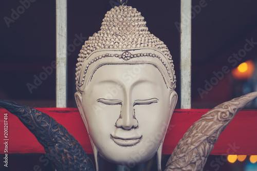 Fotobehang Boeddha Buddhakophf mit geschlossenen Augen