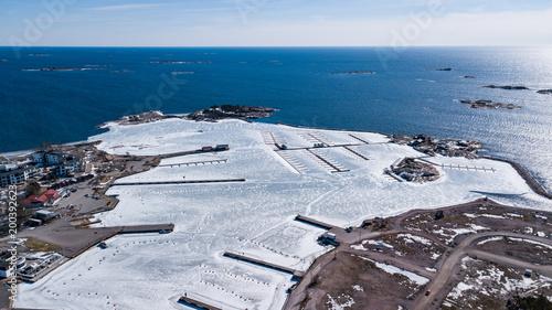 Port w Hanko ma jeszcze trochę lodu