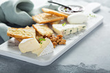 Small cheeseboard with baguette - 200397462