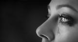 beauty girl cry - 200442689