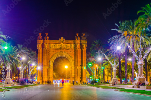 Foto op Canvas Barcelona Night view of the arch of Triumph in Barcelona, Spain.