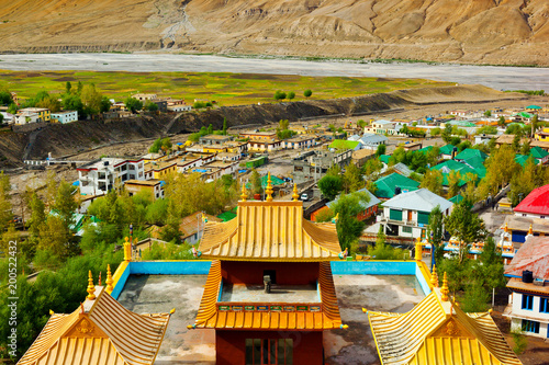 Foto Murales Roof of buddhist temple and view of Kaza. Spiti, Himachal Pradesh, India